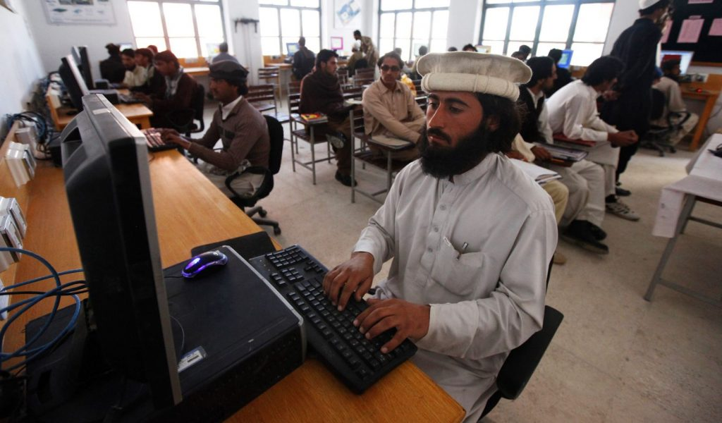 Kenyan-based Startup, The Moringa School is Teaching Pakistanis How to Code- Quartz