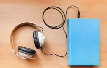 Good News for Book Lovers! Google Offers Subscription-Free Audio Books on Play Store