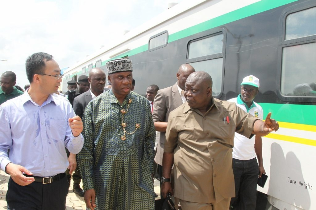 Federal government railway projects
