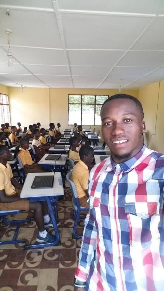 Remember the Ghanas Teacher That Drew Microsoft Word on a Blackboard-He Now Has a New classroom 2