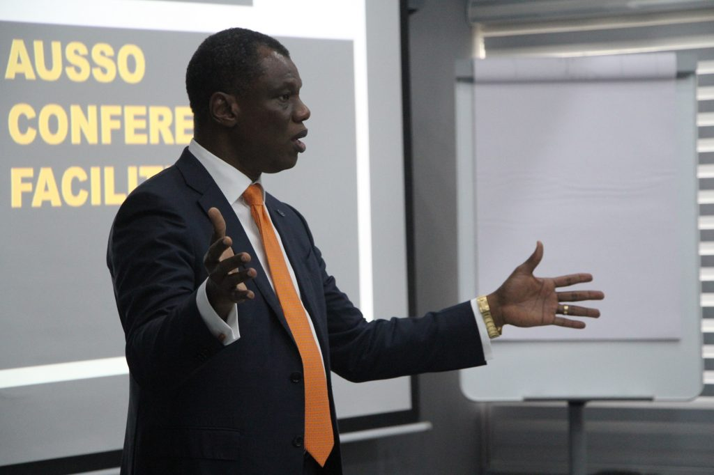 Mr Austin Okere, Entrepreneur-in-Residence, Ausso Leadership Academy (ALA) addressing the delegates of the ALA Premier Masterclass on their Graduation