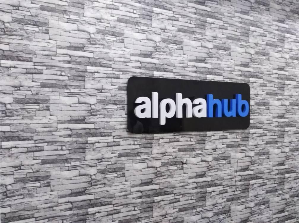 AlphaHUB