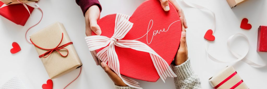 7 Awesome Ways Tech Can Help You Have Fun When You're Single on Valentine's Day