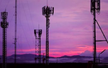 Nigeria's Aviation Authority to Destroy 7000 Telecom Masts for Endangering Air Travel