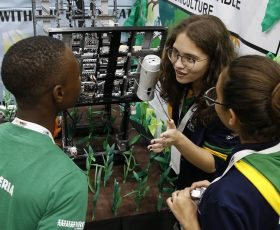 5 Nigerian Students Have Been Selected To Fly Nigeria's Flag At The 2019 Global Robotics Olympics in Dubai