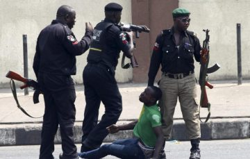 #StopRobbingUs: Nigeria Tech Community Crowdfunds to Fight Against Notorious Police Unit, SARS