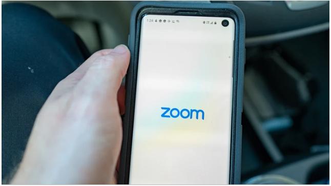 Zoom Removes Codes Sending User Details to Facebook Through Facebook Login