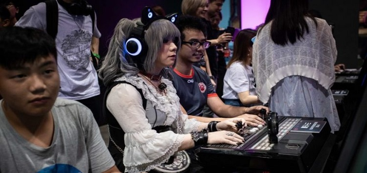 "Playing e-Sports and Blogging are Now Classified as ""Flexible Employment"" in China"