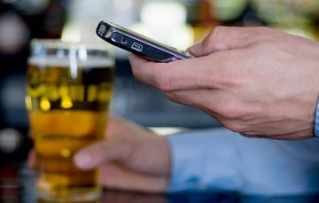 Global Tech Roundup: Phones Can Tell if You are Drunk, SpaceX Rakes in $1.9 Billion Funding