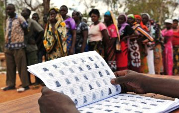 Tanzanians Slam Government for Blocking Internet Access a Day to General Elections