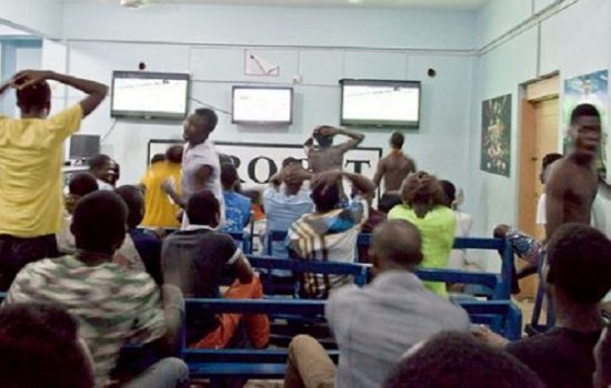 'I thought it was Spiritual Problem'- Nigerian Men on How Virtual Sports (Baby) Bankrupted Them