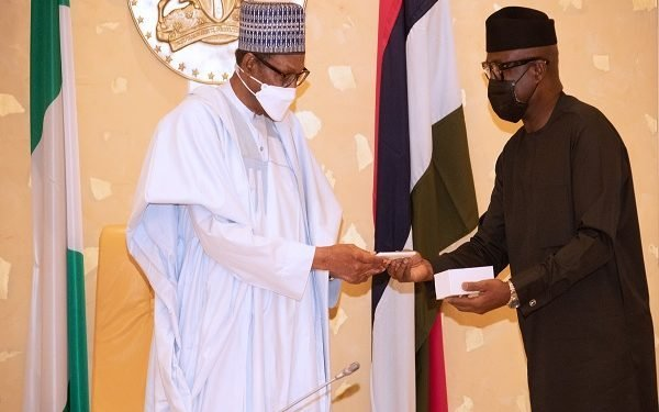 PRESIDENT BUHARI PRESENTED WITH NIGERIAN MADE HANDS SET MOBILE A. President Muihammadu Buhari was presented with Made in Nigeria Mobile hands set during the FEC Meeting at the State House, Abuja. PHOTO; SUNDAY AGHAEZE- TECHNEXT
