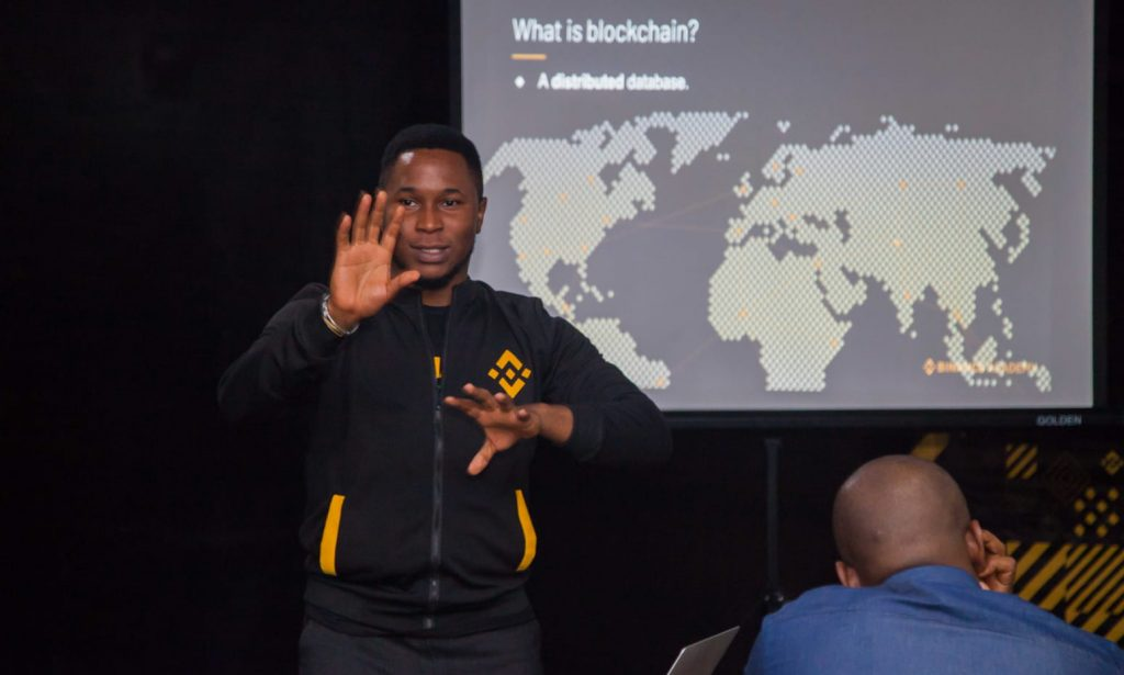 Yele Bademosi steps down, Emmanuel Babalola takes over as CEO of Bundle Africa